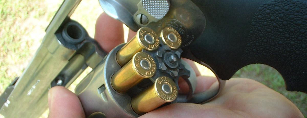pistol_r2